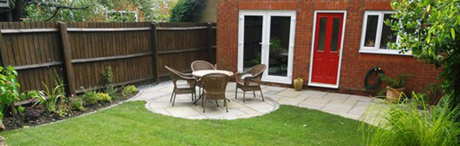 Louise's landscape garden experience review - the finished landscaped garden photo